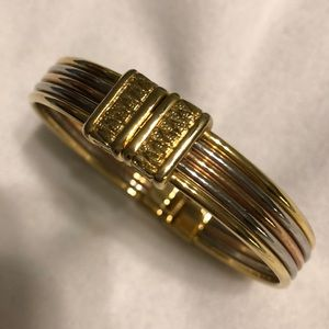 EUC- Tri-Colored Gold Spring Hinge Style Bracelet